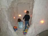 obrázek Herní koutek v jeskyni